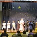 それぞれの役を懸命に演じた園児による聖劇